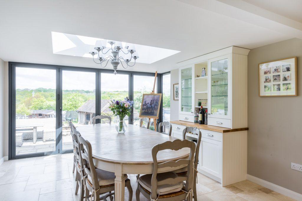 modern farmhouse kitchen design & dresser