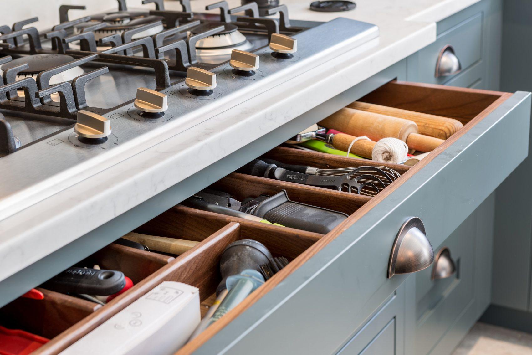cutlery drawer shaker kitchen