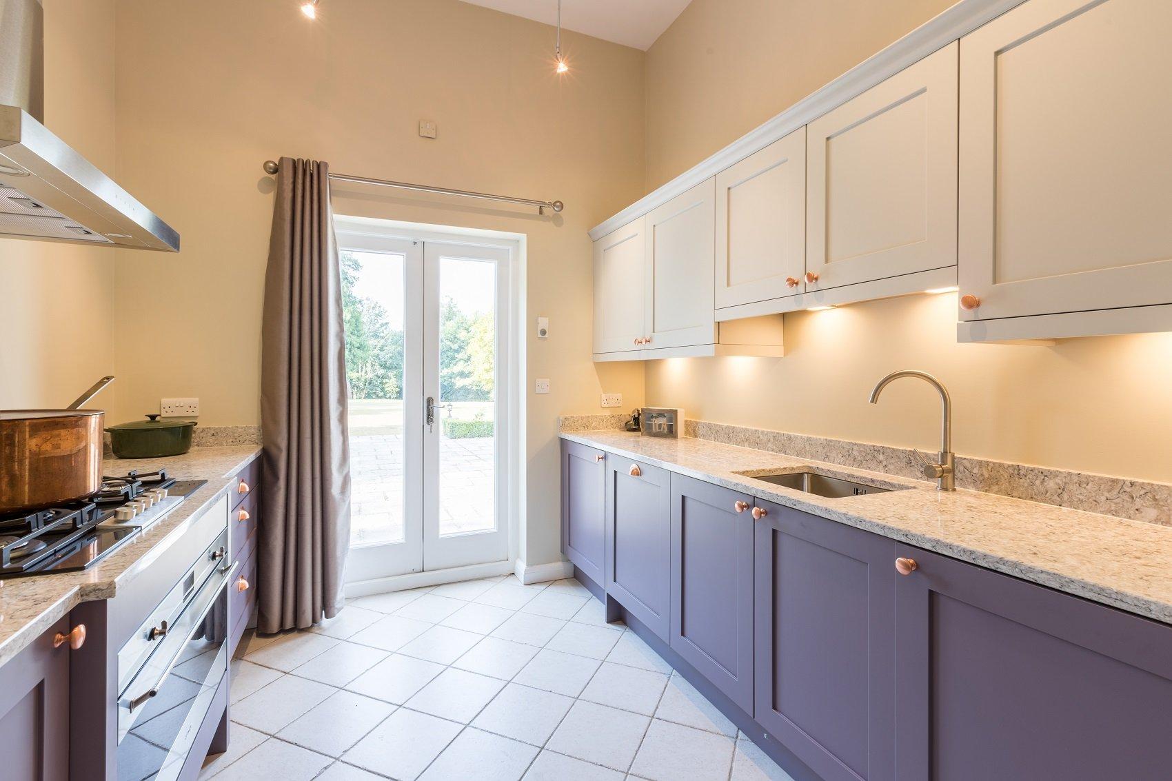 Annexe kitchen in mountain heather & light grey