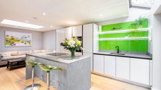 perfect open plan kitchen